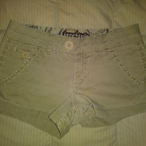 Pants - Freestyle Khaki Shorts